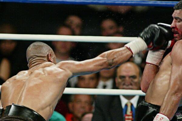 Roy Jones Jnr vs John Ruiz